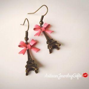 Eiffel Tower Pink Bow Earrings